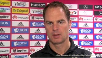 De Boer: jeszcze wiele pracy przed Milikiem