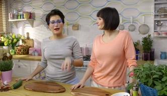 Gotowanie na ekranie: sałatka makaronowa z cukinią
