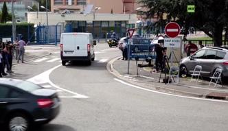 Szczątki boeinga z Reunion przywieziono do Francji