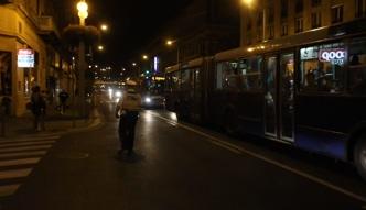 Węgrzy transportują imigrantów autobusami do Austrii i Niemiec
