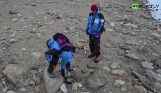 Fragmenty meteorytu na Antarktydzie? Próbki trafią do laboratorium