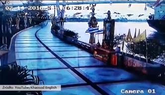 Ogromny statek uderzył na nabrzeże Bangkoku