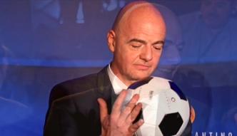 Kandydat na szefa FIFA oskarża rywala.