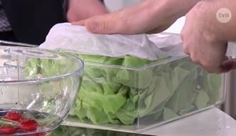 Trik, który sprawi, że sałata dłużej będzie świeża
