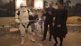 Michelle i Barack Obama tańczą z bohaterami Gwiezdnych Wojen