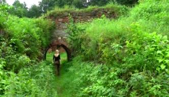 Historia w ruinach zaklęta [Przygodowa TV]