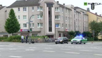 Mieszkańcy Monachium oddają hołd ofiarom strzelaniny