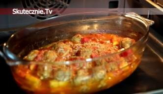 Ziemniaki z klopsikami zapiekane w pomidorach [Skutecznie TV]