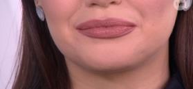 Jak za pomocą szminki uzyskać efekt bielszych zębów?