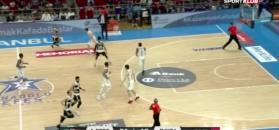 Anadolu Efes wygrywa w ostatniej sekundzie!