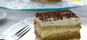 Pyszne trójwarstwowe ciasto