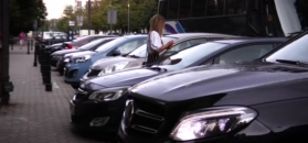 Marcelina Zawadzka je loda w samochodzie