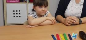 Kreatywne zabawy z dzieckiem: Liczydełka sensoryczne