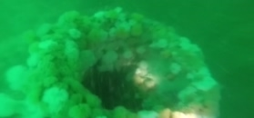 Wrak niemieckiego u-boota na dnie u wybrzeży Belgii