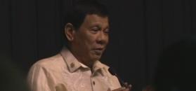 Prezydent Filipin śpiewa piosenkę miłosną dla Trumpa