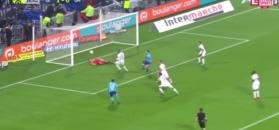 Koszmarny błąd bramkarza, Olympique Lyon lepszy od Marsylii w hicie. Zobacz skrót [ZDJĘCIA ELEVEN SPORTS]
