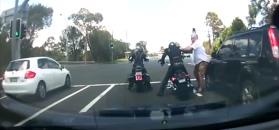 Awantura kierowcy i motocyklisty. Autor nagrania wkroczył do akcji