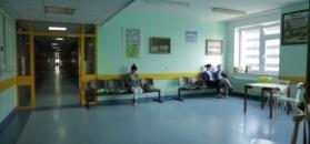 """Uzdrowiciele w szpitalach. """"Mamy zielone światło od premiera"""""""