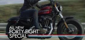 Nowe Harleye wyglądają jak stare. Kolejne modele producenta nawiązują do historii