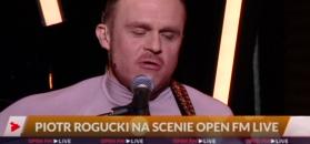 Rogucki w studiu Open FM śpiewa utwór z swojej solowej płyty