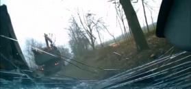Tafla śniegu rozbija szybę, złoto na złomowisku i wypadki polskich kierowców
