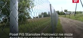 """""""Stanisław Piotrowicz zabrał mi kawałek ziemi"""". Mieszkańcy Odrzykonia skarżą się na posła PiS"""