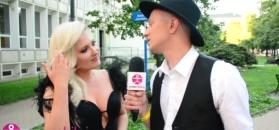 """Andrzejewicz reklamuje swój biust: """"Chwalę się, bo mam fajne piersi. Są naturalne!"""""""