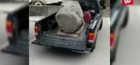Ford Ranger kontra ponad 2-tonowy głaz