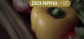 Jajka sadzone z warzywami. Sposób na ciepłe śniadanie