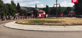Szwedzi witają polskich strażaków