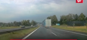 Ciężarówka wpadła w poślizg