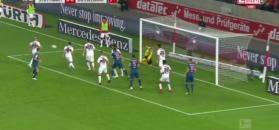 Bundesliga: Golkiper Stuttgartu bohaterem. Bronił w niesamowitych okolicznościach [ZDJĘCIA ELEVEN SPORTS]