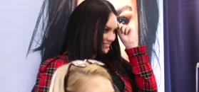 Roztańczona Ewa Farna promuje lakiery do paznokci ze swoim nazwiskiem (WIDEO)