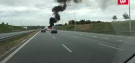 Tragedia na A2. Auto stanęło w płomieniach, kierowca zmarł