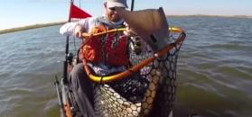 Wielka ryba złowiona na wędkę