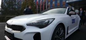 Śląska policja odebrała nowe radiowozy. Wśród nich mocna Kia Stinger