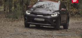 3 zadania: Kia Stonic vs Renault Captur