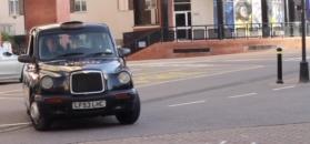 Avram Grant wsparł szczytną akcję fundacji From The Depths. Do Polski jadą taksówki!