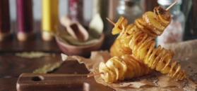 Imprezowe przekąski z ziemniaków. Wygoń nudę z kuchni