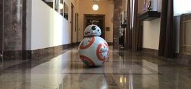 Robot BB-8 z