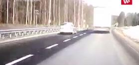 Wypadek pod Olsztynem. Kierowca się