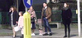 Paulina Sykut-Jeżyna na wieczornym spacerze z rodziną