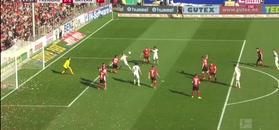 Bundesliga: Bayern Monachium traci punkty. Gol Lewandowskiego ratuje remis!