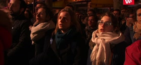 Śpiewali i płakali. Najbardziej wzruszające nagranie z Paryża