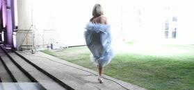 Małgorzata Rozenek zachwyca sukienką z piór