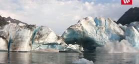 Zawalił się lodowiec. Zobacz nagranie kajakarza